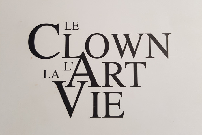 « Le Clown L'Art La Vie », Michel Dallaire, septembre 2015, 192 p. Auto-édition.